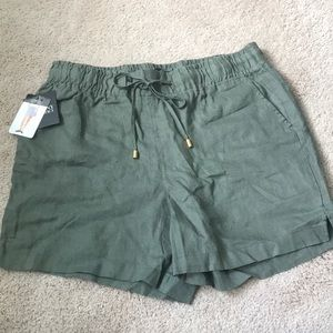 NWT Green Linen Shorts by Ellen Tracy